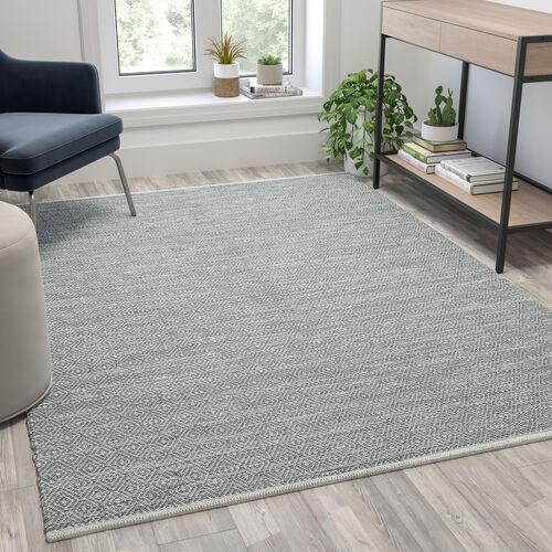 Handwoven Indoor/Outdoor Diamond Pattern Area Rug