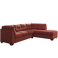 Benchcraft Maier Sectional with Right Side Facing Chaise in Sienna Microfiber