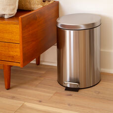 Round Stainless Steel Imprint Resistant Soft Close, Step Trash Can -3.2 Gallons (12L)