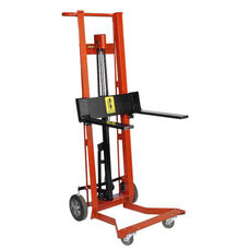 Four-Wheeled Hydraulic Steel Framed Pedal Lift With Fork Lifter